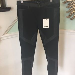 MEXX Women's Black Pant Size: 8 **NEW**